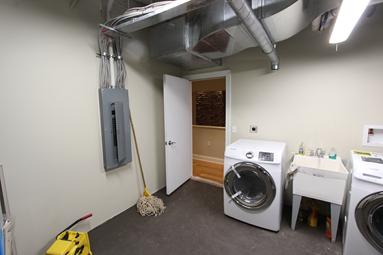 Laundry Room Private